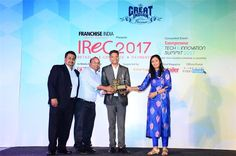 V-Bazaar One of the Largest Family Fashion Retail Store Chain Bags Northern Region's Best Retailer Award 2017