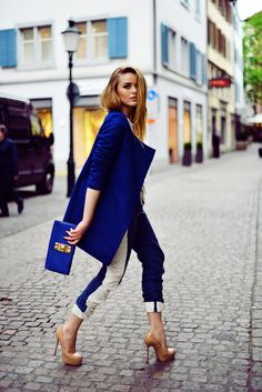 #blue #nude #heels So hot with these great blue jacket with the nude colored shoes and don't forget the skinny cropped pants to match with the stylish blue clutch purse.
