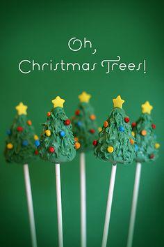 Christmas Tree Cake Pops by Bakerella, via Flickr