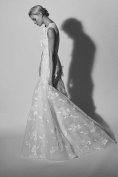 The newest Carolina Herrera wedding dresses have arrived! See what the latest Carolina Herrera bridal collection has to offer wedding dress shoppers. Chic Wedding Dresses, Modest Wedding Gowns, Perfect Wedding Dress, Boho Wedding Dress, Bridal Dresses, Backless Wedding, Bridal Looks, Bridal Style, Bridal Collection