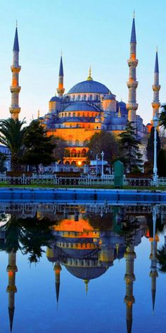 Blue Mosque in Istanbul, Turkey. Subhanallah