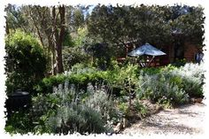 A Bush Retreat  House Sitter Needed  Barkers Creek, Central Victoria, Castlemaine   Mt Alexander Shire,VIC Australia  Apr 2,2015 For Ten weeks |
