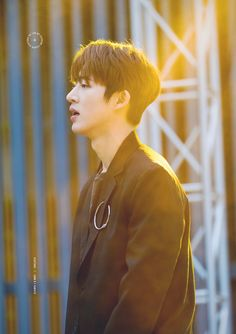 ikon hanbin B.i Yg Ikon, Kim Hanbin Ikon, Chanwoo Ikon, Ikon Kpop, Yg Entertainment, Bobby, Ikon Leader, Ikon Wallpaper, Korean Artist