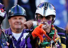 Baltimore Ravens fans react before the Ravens take on the Cincinnati Bengals at M Bank Stadium on September 2012 in Baltimore, Maryland. Baltimore Ravens Nails, Baltimore Orioles Birds, Baltimore Maryland, Steelers Ravens, Nfl Ravens, Baltimore Ravens Wallpapers, Ravens Wreath, M&t Bank Stadium, Nike Nfl