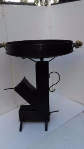 Risultati immagini per medidas rocket stove Rumford Fireplace, Wood Fired Oven, Rocket Stoves, Welding Projects, Make And Sell, Barbecue, Outdoor Decor, Buenas Ideas, Home Decor