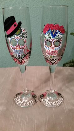 Dia de los muertos champagne glasses made by I.M.Creating www.facebook.com/illym.creating