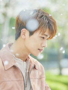 Park Hyungsik Strong Woman Wallpaper, Park Hyungsik Wallpaper, Asian Celebrities, Asian Actors, Korean Actors, Park Hyung Sik, Ahn Min Hyuk, Handsome Asian Men, Joon Park