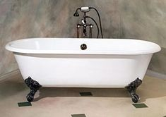 Another Clawfoot Tub...love the black feet...