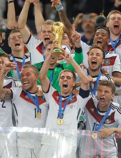 Fußball-Traum: Deutschland ist Weltmeister! 2014