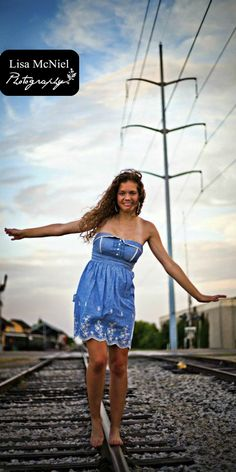 Lisa-Marie-Photography Highland Village, Flower Mound Photographer serving Southlake, DFW: Senior Pictures - Posing and Clothes -
