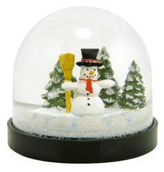 'Sno-wonder Snow Man Snowdome at snowdomes.com
