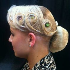 Perfectly styled hair is an important part of the overall look for ballroom dance competitors. Ballroom Hair stylists can get very creative. Latin Hairstyles, Great Hairstyles, Vintage Hairstyles, Celebrity Hairstyles, Wedding Hairstyles, Dance Competition Hair, Ballroom Dance Hair, Hair Up Styles, Hair Style