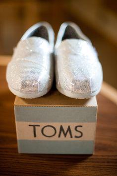tom's wedding shoes    http://www.stephenseward.net