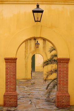 Castle of Good Hope. Castles, Portal, Homeschool, Doors, Explore, Castle, Forts, Homeschooling, Doorway