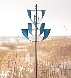 Sapphire Spinner Metal Yard Art  sculpture