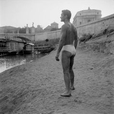 """Pier Paolo Pasolini on the asphalt of the Tiber. Ph: Toti Scialoja, circa """"The cinema is an explosion of my love for reality. Bw Photography, Artistic Photography, Shawn Mendes, Club Fantasy, The Decameron, Italy History, Pier Paolo Pasolini, Yul Brynner, Art Of Man"""