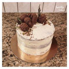 Miam miam miam on se régale avec ce layer cake canelle et vanille ! Tout ce que Sweetly Cakes aime !
