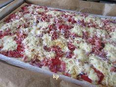 Lidl, Hawaiian Pizza, Lasagna, Food And Drink, Ethnic Recipes, Hampers, Lasagne