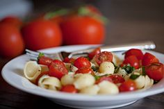 vegan caprese pasta salad  www.miloandme.net