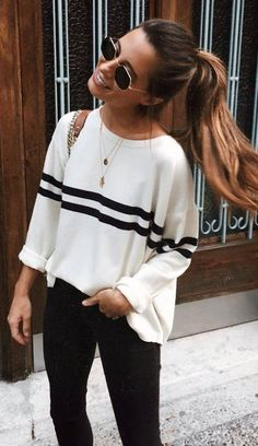 cute outfit idea_stripped top + bag + skinnies