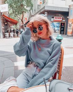 Need a coffee 😴 Winter Fashion Outfits, Fall Winter Outfits, Autumn Winter Fashion, Laura Jade Stone, Looks Style, My Style, Skater Girl Outfits, Paris Mode, Moda Vintage