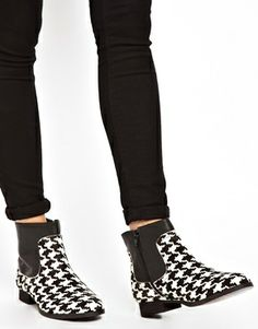 Shellys Hyblit Dogtooth Ankle Boots