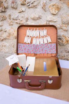 valise en cuir vintage urne mariage