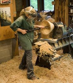 David Ellsworth Wood Turning Studio. Look at the amount of work to create a wood bowl. Amazing.