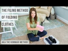 File Folding and Organizing Clothes with the KonMari Method The filing method of folding clothes (aka the KonMari Method) has helped us to keep our drawers organized and uncluttered! Our video will show you how! Tidying Up Book, Konmari Method Folding, Clothes Drawer, Fold Clothes, Dresser Drawer Organization, Closet Organization, Konmari Methode, Kid Closet, Kids Storage