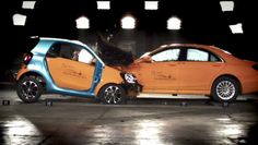 Нестандартный краш-тест: Smart ForTwo против Mercedes S-класса - http://amsrus.ru/2014/07/22/nestandartnyiy-krash-test-smart-fortwo-protiv-mercedes-s-klassa/