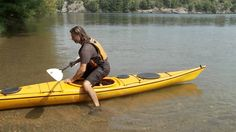 Kayaking Discover How To Get In And Out Of A Kayak Safely (and Some Kayaking Basics!) We have put together a step by step guide to show you how to get in and out of a kayak safely. Hopefully with our handy instructions. Kayak Camping, Canoe And Kayak, Camping Life, Kayak Fishing, Fishing Boats, Kayak Cart, Kayak Paddle, Camping 101, White Water Kayak