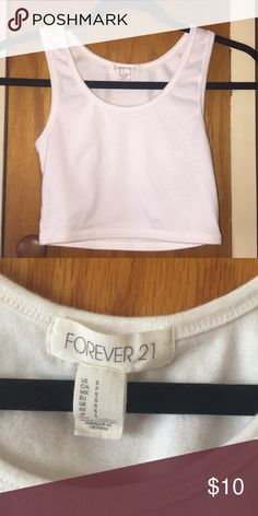 White sleeveless crop top Cute, and hoes with anything. Good condition, Ⓜ️👍🏼 Forever 21 Tops Crop Tops