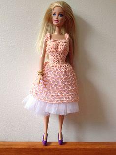 Ravelry: Lorraine's Prom Dress (Barbie) pattern by Tess Tortorella