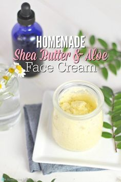 Shea Butter Cream For Face And Body Homemade Shea Butter and Aloe Face Cream - this cream is amazing. Thick, moisturizing, hydrating, and can be customized to your skin type. Moisturizer For Oily Skin, Homemade Moisturizer, Face Scrub Homemade, Homemade Skin Care, Natural Face Moisturizer, Homemade Deodorant, Homemade Products, Facial Cleanser, Homemade Beauty