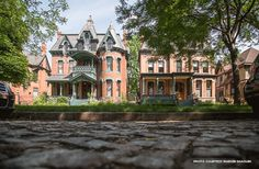 Historic Preservation in Detroit thanks to Beulah Groen Croxford. Canfield now. Victorian Architecture, Architecture Details, Beautiful Dream, Beautiful Homes, Old Mansions, Abandoned Mansions, Abandoned Places, Detroit Neighborhoods, Victorian Homes
