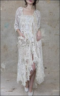 Camisolas - unique wedding dress for the boho bride Gypsy Style, Boho Gypsy, Bohemian Style, Boho Chic, Hippie Style, Magnolia Pearl, Moda Vintage, Vintage Lace, Boho Outfits