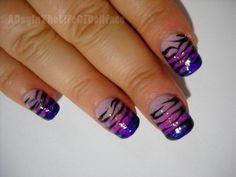 Purple gradient tiger stripe