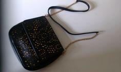 Lady, Purses And Bags, Fashion, Moda, Fashion Styles, Fashion Illustrations