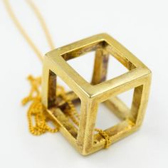 Cube Statement Pendant in Gold (plated)