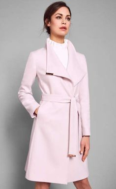 Light Pink Outfit From Bershka Coats For Women, Jackets For Women, Outlet Clothing, Clothing Stores, Look Rose, Winter Stil, Wrap Coat, Pink Jacket, Mantel