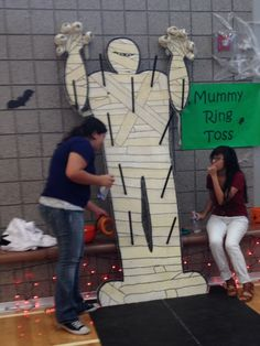 Up Right mommy ring toss game