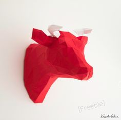 3D Cow head as wall deco by Anastasia with tutorial and a free printable!  Project | Papercraft / Decorative | Kollabora