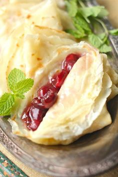 These delicious Beer Crepes are thin, light, and absolutely perfect. Combined with mascarpone and cherry compote, you'll be dreaming of France! Fun Desserts, Dessert Recipes, Baker Recipes, Brunch Recipes, Breakfast Recipes, Jai Faim, Cherry Compote, Crepes And Waffles, French Crepes