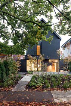 D'arcy Jones Architecture. 480 House -Vancouver.