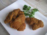 Rántott csirkemáj Tandoori Chicken, Bacon, Meat, Ethnic Recipes, Food, Eten, Meals, Diet
