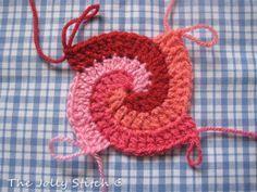 How to Crochet a Spiral. #crochet #crochetpattern #spiral