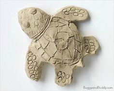 Ocean Animal Art Project for Kids: Make Sea Turtles Using Clay ~ BuggyandBuddy.com