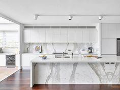 30 magnifiques cuisines grises et blanches déco et design