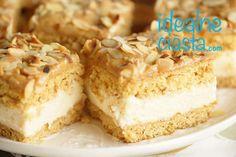 Krispie Treats, Rice Krispies, Vanilla Cake, Food, Bakken, Essen, Meals, Rice Krispie Treats, Yemek