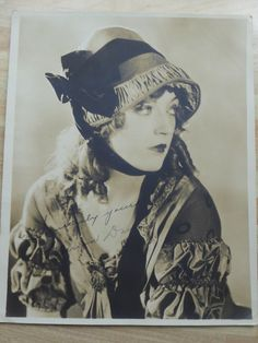 VINTAGE PHOTO OF ACTRESS MARION DAVIES